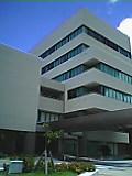 沖縄産業支援センター玄関